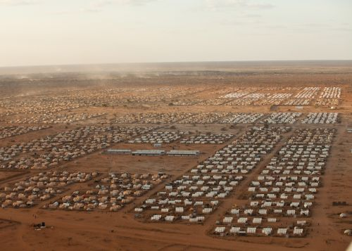The refugee camps in Dadaab in Kenya are housing 200 000 asylum seekers. (photo: Brendan Bannon © IOM / UNHCR)